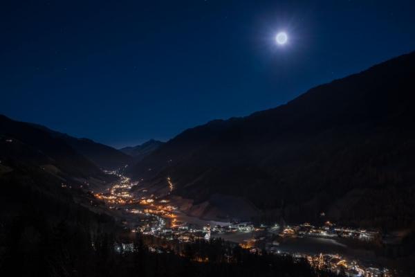 valle aurina_notte